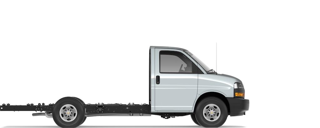 Express Cutaway 2021